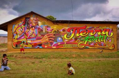 mural_en_centro_poblado_comunidad_quechua_del_wayku