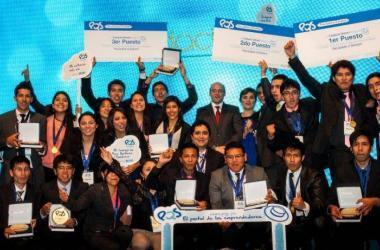 estudiantes_emprendedores_premiados_por_fundacion_romero
