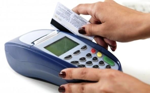 tarjetas de crédito, uso de tarjetas de credito, empresas, negocios, banco