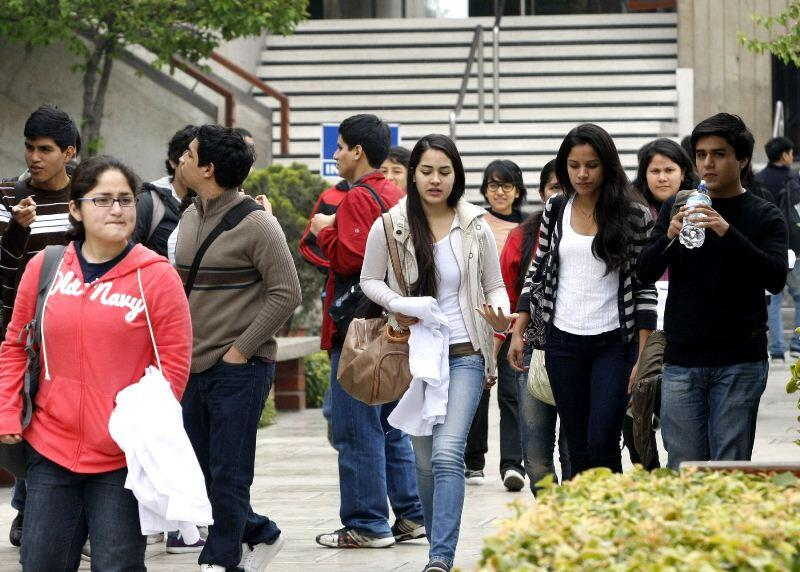 FMI, estudiantes, universitarios, banco mundial