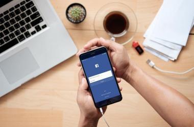 Facebook mensajes páginas personas negocios