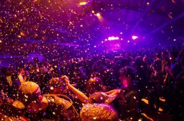 Fin de año: Indecopi recuerda que los organizadores de espectáculos y fiestas deben cumplir con lo ofrecido