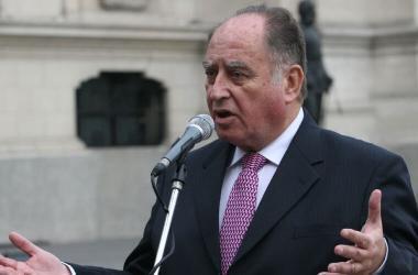 Flores-Aráoz propone destitución de malos magistrados