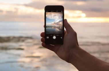Smartphones: cómo no arruinar tu celular este verano