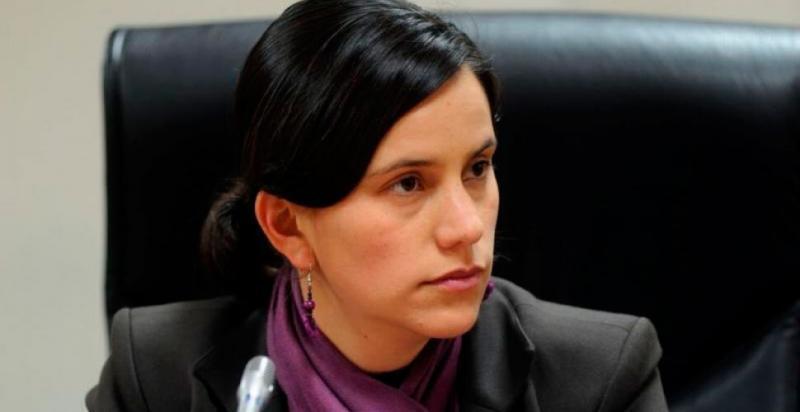 """Verónika Mendoza: """"Hay que llamar corruptos a los corruptos"""""""