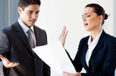 Las señales que pueden generar grandes conflictos en la oficina