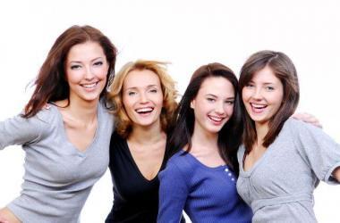mujeres, emprendedoras, pasarela de negocios