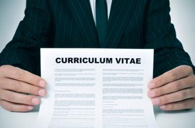 CV, cómo hacer un currículum, curriculum, buscar trabajo, consejos
