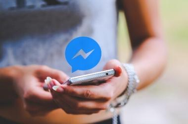 facebook, messenger, chat, ecommerce