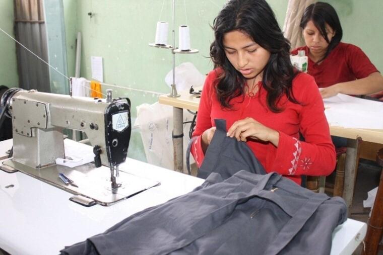 Emprendimiento, mujeres, madres, microempresas
