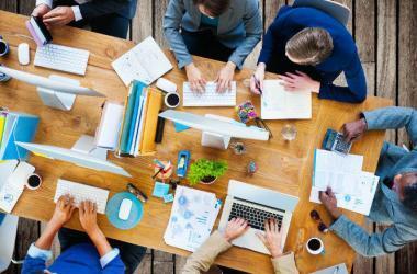 startup, equipo básico, perfiles, profesionales