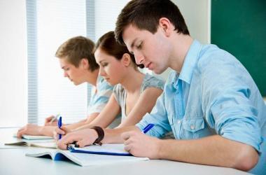 idiomas, profesional, estudios, francés, alemán, portugués, árabe, chino, ruso