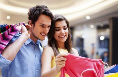 ¿Qué hacen las personas antes de comprar?