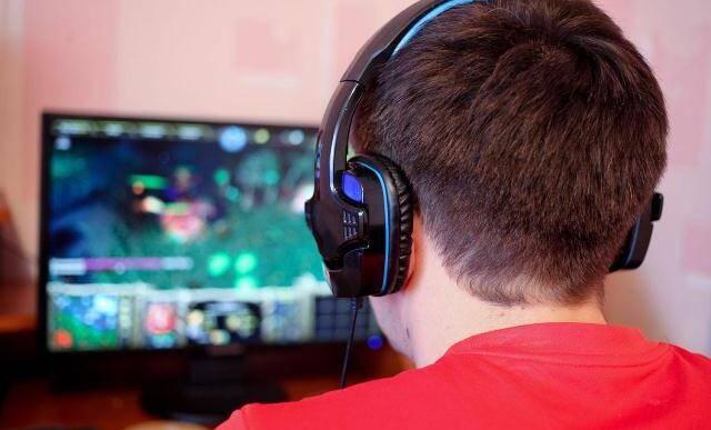 lan center, video juegos, internet, fiberlux
