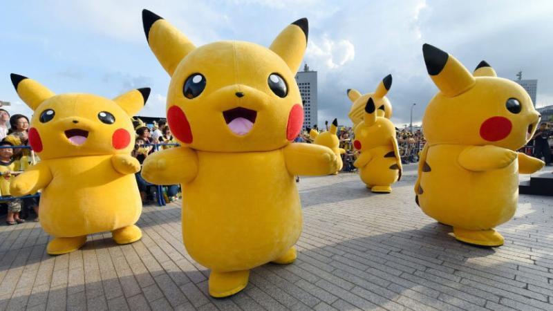 Cuida tu seguridad al jugar Pokémon Go