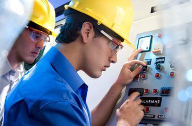 Cómo elaborar el CV de un Ingeniero Industrial