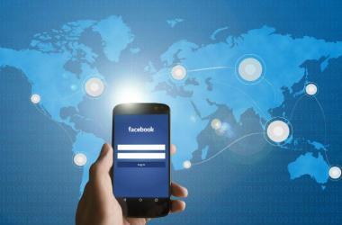 Más de mil millones de personas en Facebook están conectadas con empresas de otros países.