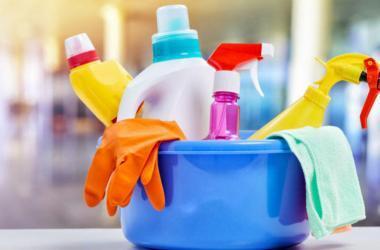 Deja la limpieza de tu empresa en manos de profesionales.