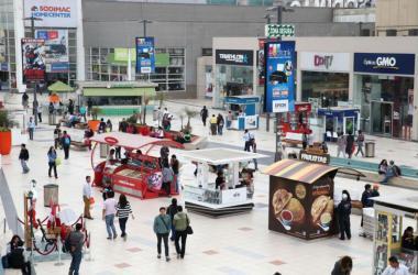 Centros comerciales esperan facturar S/ 25,000 millones este año
