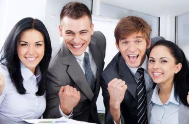 Seis tips para que trabajes y emprendas a la vez