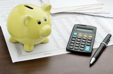 Cuatro tips para que administres tus gastos diarios