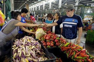 Minagri: Lima tiene normal abastecimiento de alimentos pese a huaicos