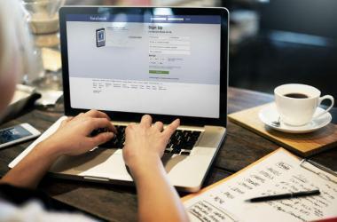 Aprende cómo fusionar dos páginas de Facebook