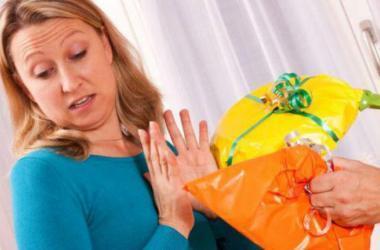Cosas que no debes regalarle a mamá