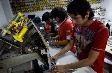 Es importante conocer los derechos que nuestra legislación ha establecido a favor de los colaboradores. (Foto: Andina)