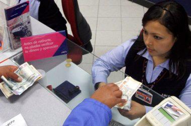 Las empresas suelen endeudarse por no mantener ordenados sus ingresos y gastos. (Foto: Andina)