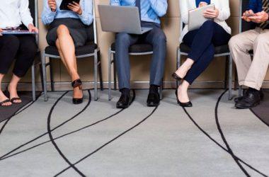 Si estás postulando o estás interesado en un puesto, se recomienda conocer quiénes son y cómo piensan las personas que podrían darte un empleo. (Foto: Freepik)