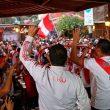 Los restaurantes y hoteles se preparan para recibir a los clientes para que puedan ver el partido, con promociones y el acondicionamiento de sus locales. (Foto: Andina)