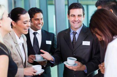 El networking viene a ser el arte de crear contactos de trabajo, que podrían ayudarnos a alcanzar el éxito, poniendo en práctica nuestras habilidades sociales. (Foto: Govloop)