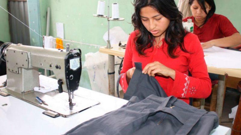 A veces los jóvenes eligen una carrera que no tiene demanda en el mercado. (Foto: Andina)