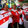Empresarios producirán nuevos polos y prendas alusivas al mundial de fútbol. (Foto: Andina)