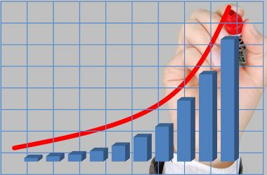 El desafío es evitar gastar todo el dinero de la gratificación y hacer que crezca. (Foto: Pixabay)