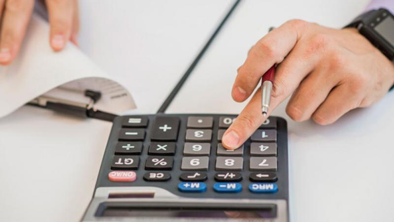 Las familias deben tener un mayor control de los ingresos y egresos de manera equilibrada. (Foto: Freepik)