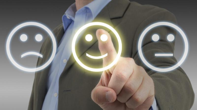 La habilidad de una empresa para dar una experiencia que la distinga a los ojos de sus clientes, sirve para incrementar sus gastos con esa empresa e inspira fidelidad a su marca. (Foto: Kenos)