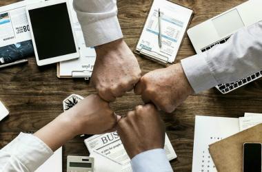"""""""Las transformaciones digitales no solo afectan al crecimiento constante de los negocios, sino que también alteran nuestro ritmo de vida"""", expresó Elohim Monard, Presidente del CADE Universitario 2018."""