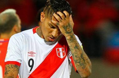 ¡Se acabaron las esperanzas! Paolo Guerrero se pierde el mundial. (Foto: AFP)