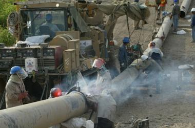 Para fines de año, se tendría la propuesta integral para el Gasoducto Sur Peruano, lo que incluirá las rutas del ducto y la inversión estimada. (Foto: Andina)