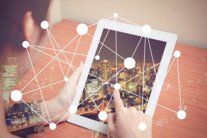 ¿Fin del reinado?: en 2019 consumo de internet superará al de la televisión tradicional. Foto referencial: Freepik