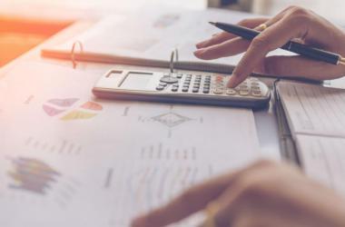 Cuatro situaciones en las que una buena gestión de costos genera ventajas competitivas para las empresas.