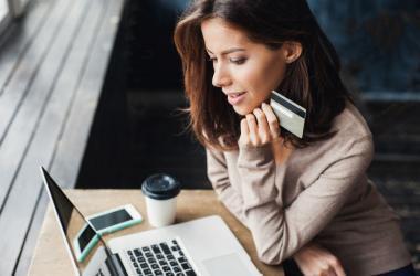 ¿Qué se debe tomar en cuenta si se quiere implementar métodos de pago para el comercio electrónico?