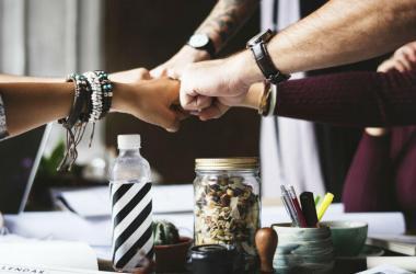 Para ayudar a que los integrantes de una empresa estén alineados con la cultura, Adecco considera necesario empoderar a los líderes.