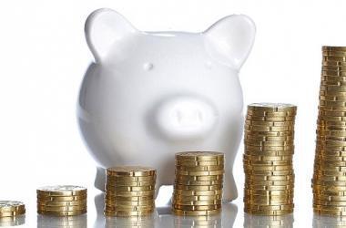 Trázate metas realistas, considerando tu nivel de ingresos y gastos.
