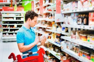 Para que tu producto llegue a las manos de un cliente de la mejor manera posible debes elegir el canal de distribución adecuado.