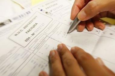 En noviembre, más de 160 mil emisores obligados solo podrán usar facturas impresas en casos excepcionales, informó Sunat.