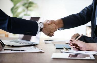 Es común observar en el mundo laboral ciertos conflictos entre colaboradores y jefes. ¡Esto no tiene que ser así!
