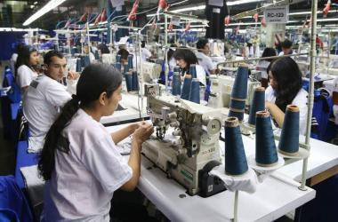 Población ocupada disminuyó 5.5% en último trimestre del 2020, revela INEI